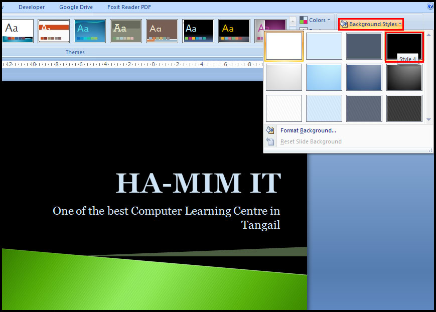 Apply a background style in PowerPoint 2007